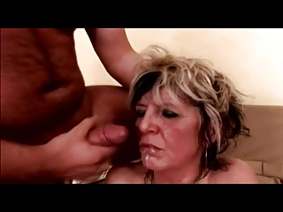 Saggy Whoppers Older Cougar in Nylons Copulates