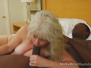 Sextractive voluptuous mommy Stacey makes out with dark stud