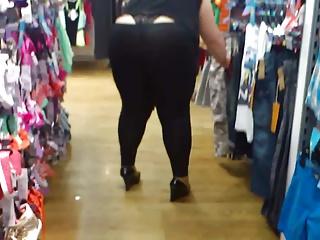 I bbw in leggings 2