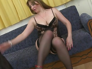 Slutty Mother I'd like to fuck playing with herself